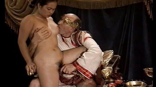 Porno gratuit sans inscription  Salope chaude travaille pour video gratuites x de l'argent